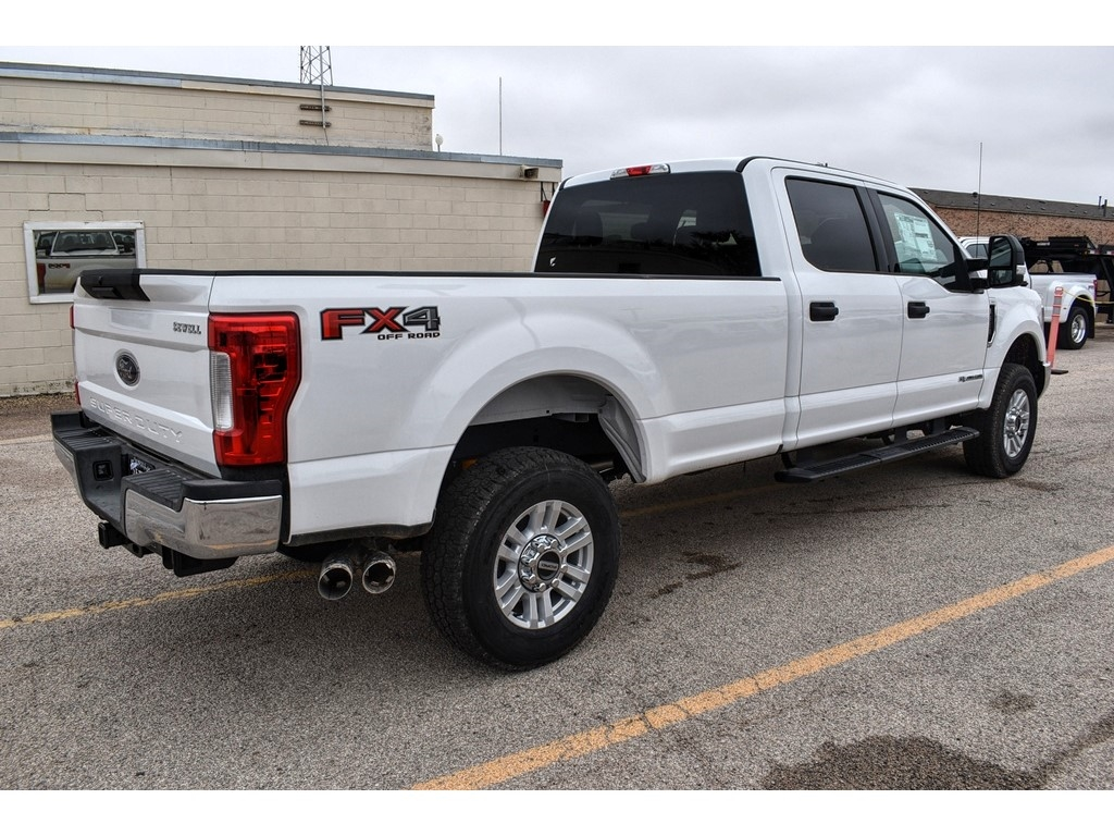 2019 F-250 Crew Cab 4x4, Cab Chassis #986078 - photo 1