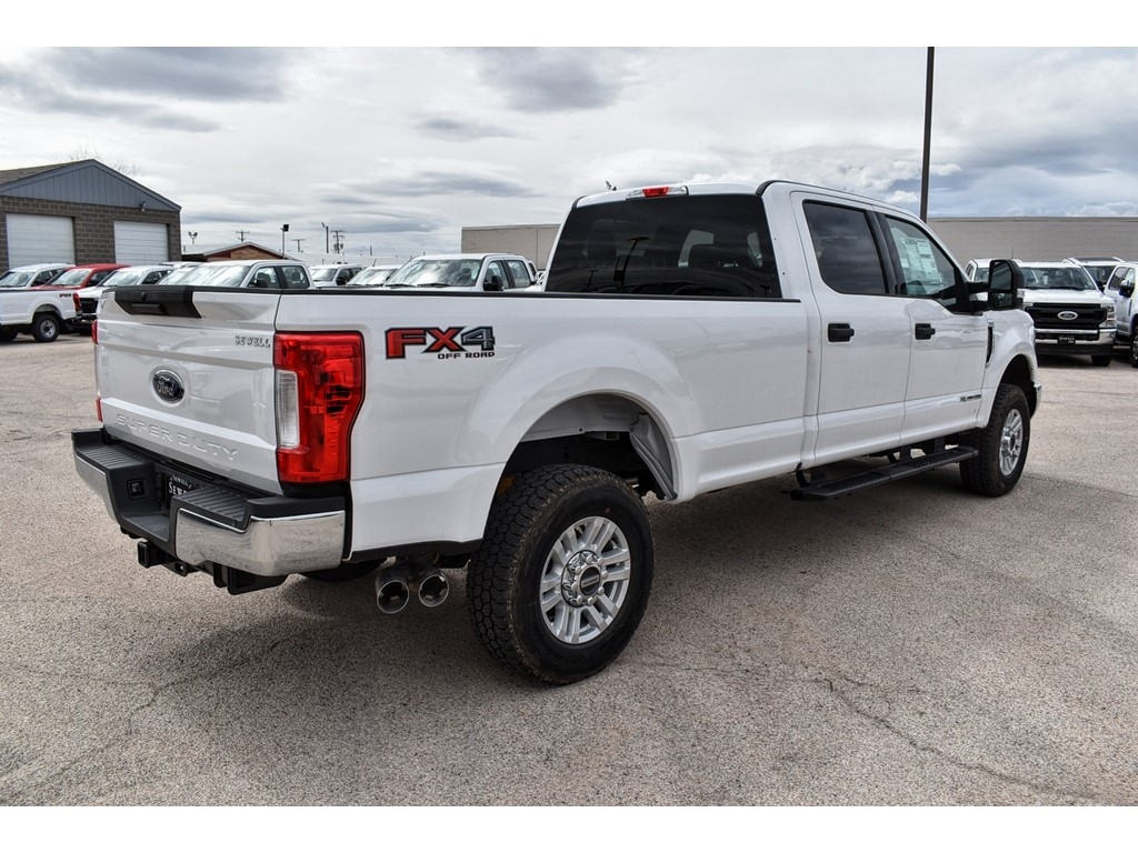 2019 F-250 Crew Cab 4x4, Cab Chassis #986080 - photo 2