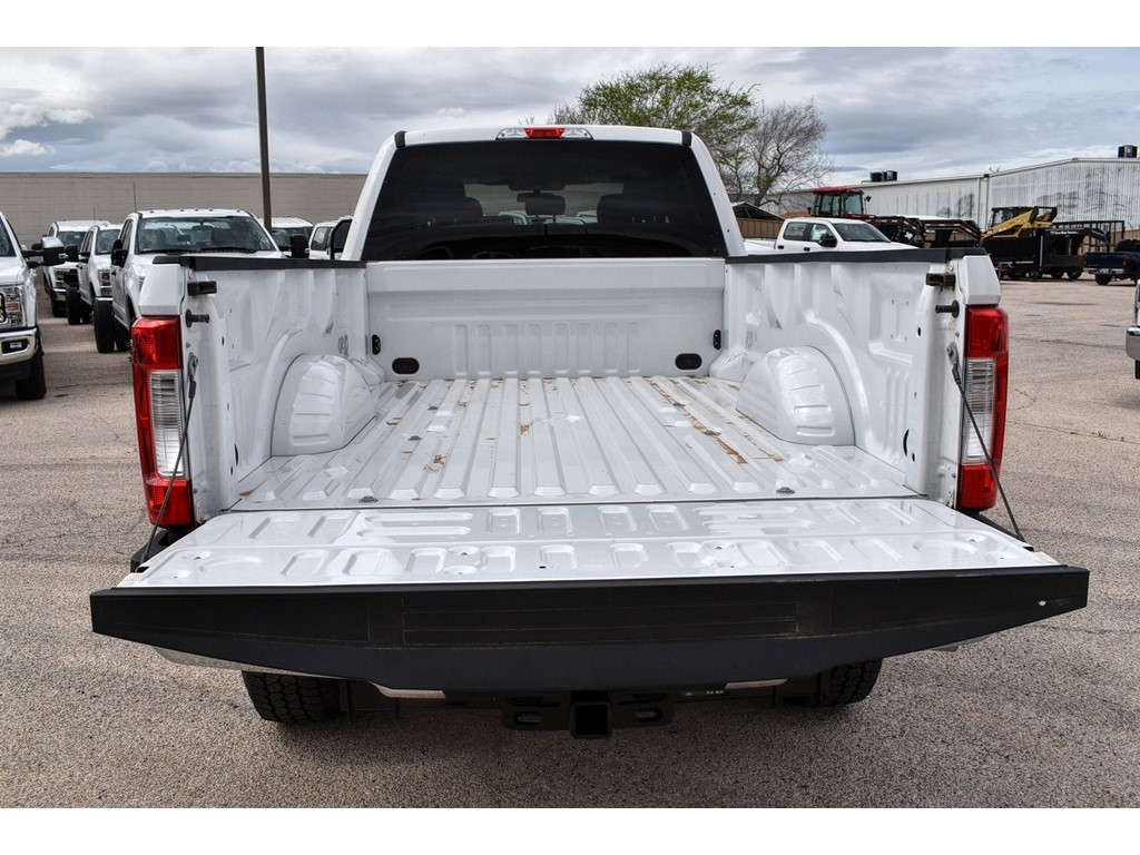 2019 F-250 Crew Cab 4x4, Cab Chassis #986080 - photo 11