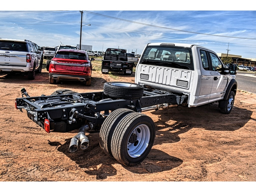 2019 Ford F-550 Super Cab DRW 4x4, Cab Chassis #987703 - photo 2