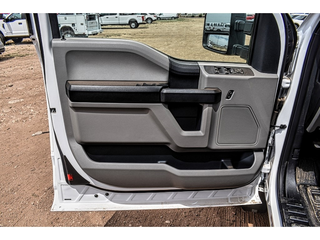 2019 Ford F-550 Super Cab DRW 4x4, Cab Chassis #987720 - photo 15