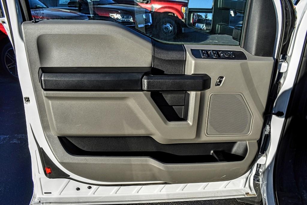 2019 Ford F-550 Super Cab DRW 4x4, Auto Crane Titan Mechanics Body #993348 - photo 14
