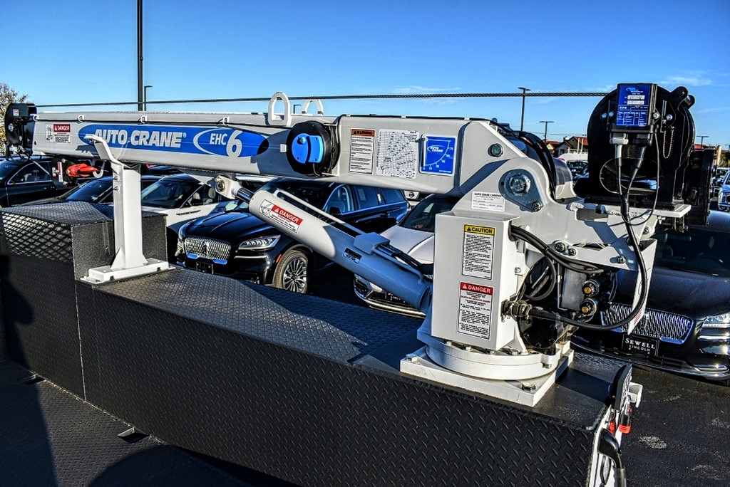 2019 F-550 Super Cab DRW 4x4, Auto Crane Titan Mechanics Body #993348 - photo 12