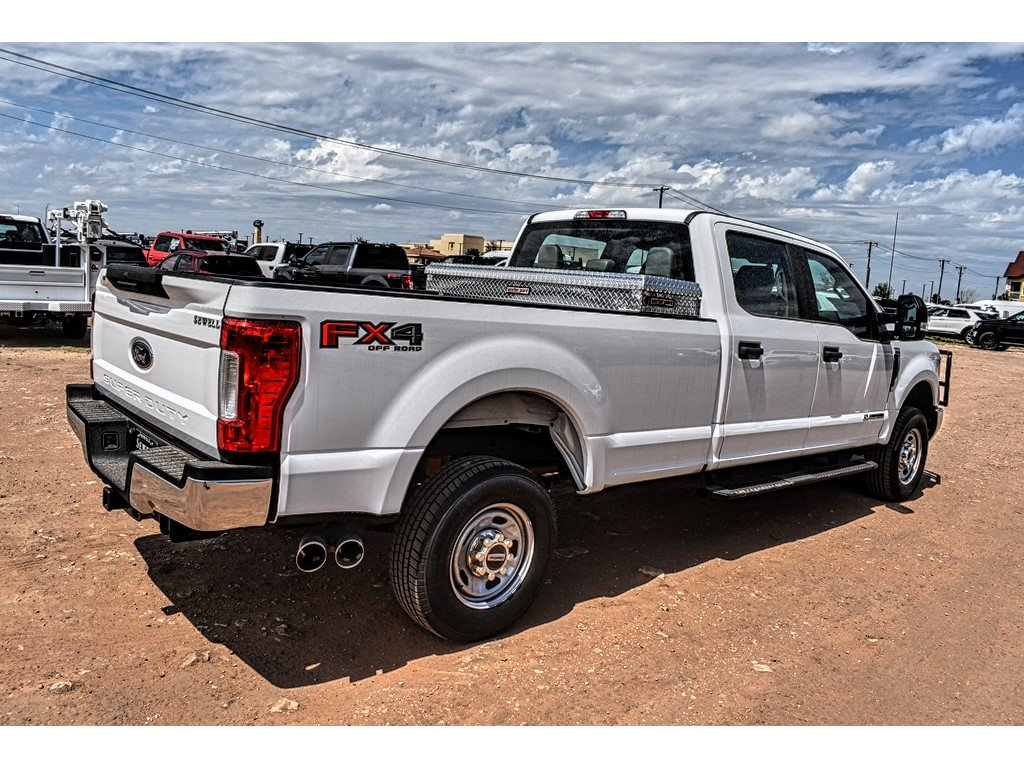2019 Ford F-250 Crew Cab 4x4, Cab Chassis #994149 - photo 1