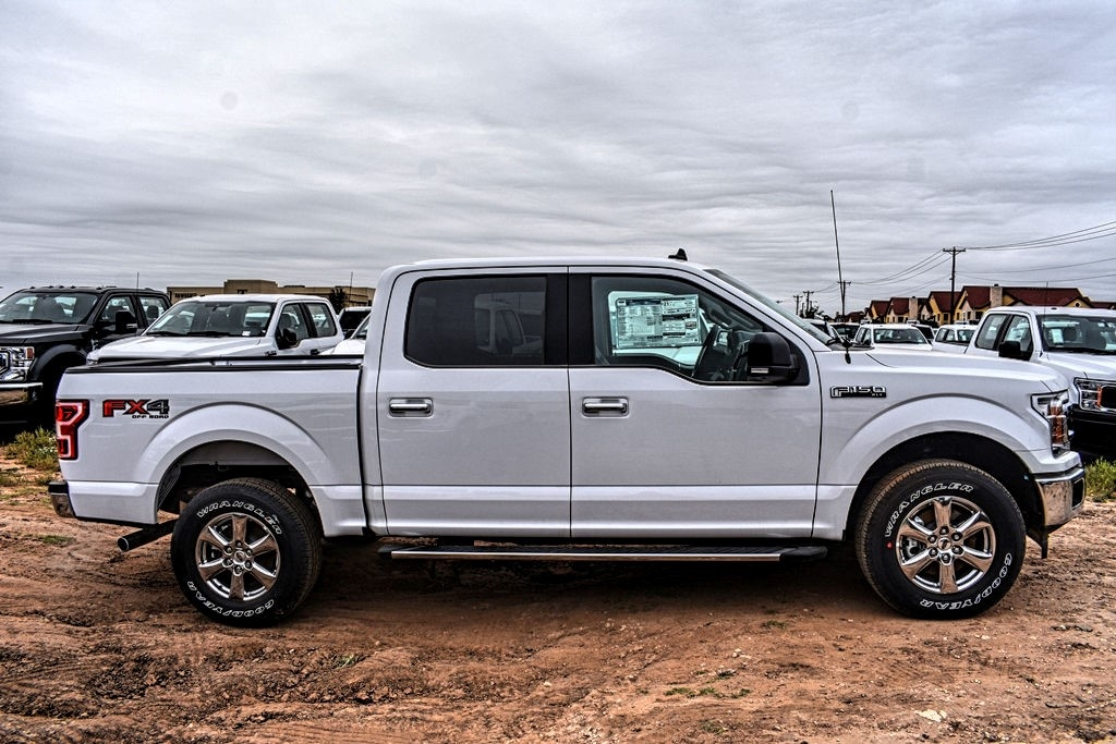 2019 Ford F-150 SuperCrew Cab 4x4, Pickup #996733 - photo 10
