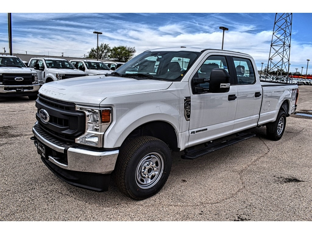 2020 Ford F-250 Crew Cab 4x4, Pickup #L19523 - photo 4