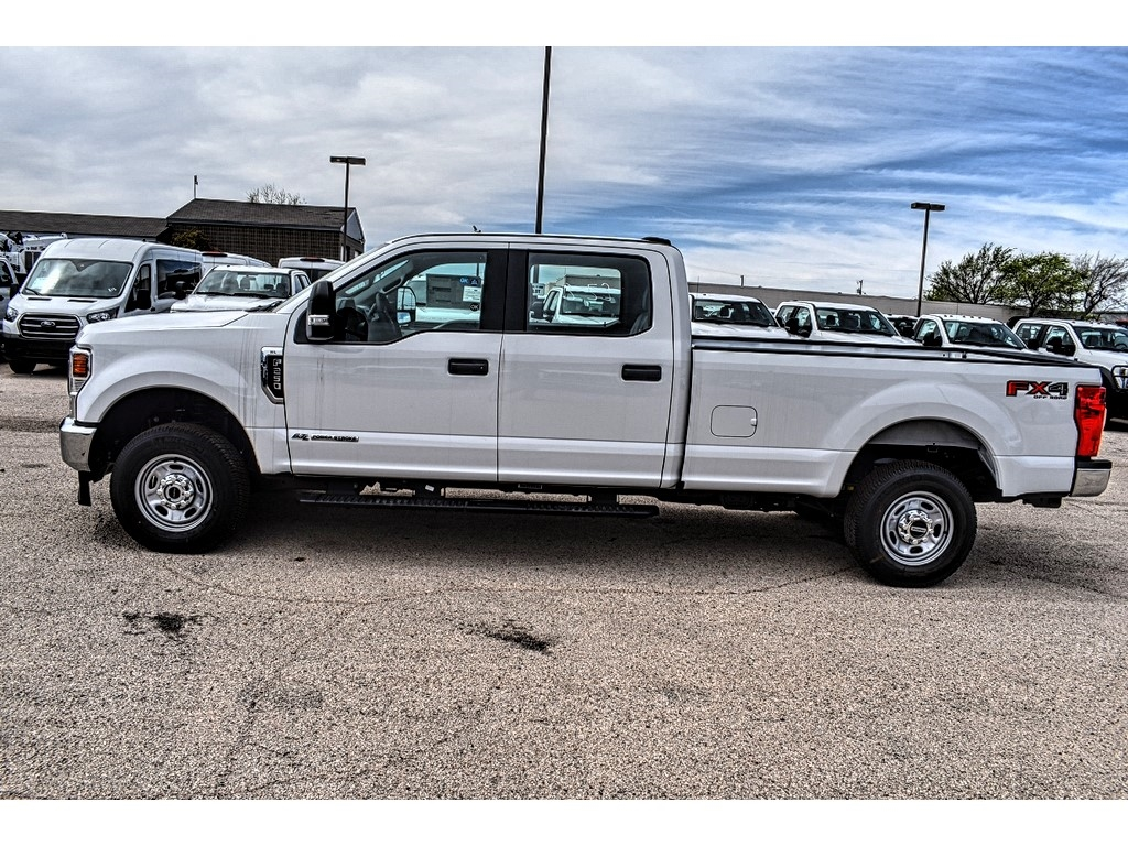 2020 Ford F-250 Crew Cab 4x4, Pickup #L19523 - photo 5