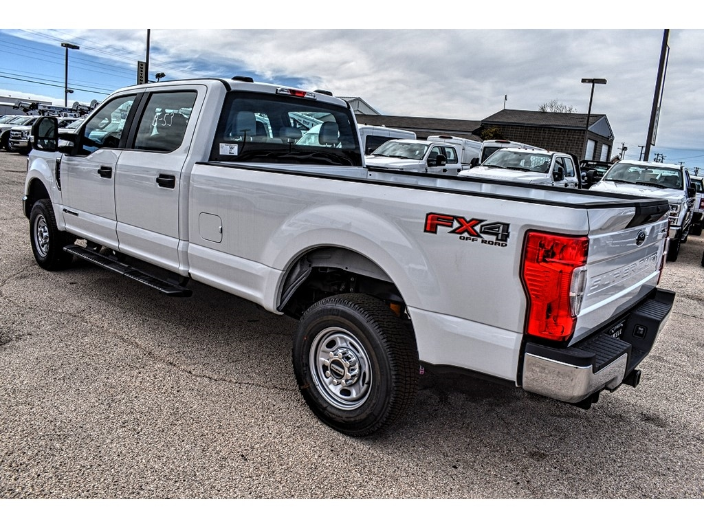 2020 Ford F-250 Crew Cab 4x4, Pickup #L19523 - photo 6