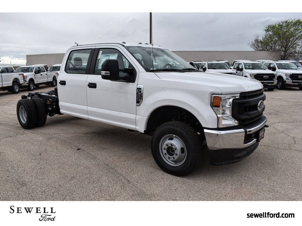 2020 Ford F-350 Crew Cab DRW 4x4, Cab Chassis #L19546 - photo 1