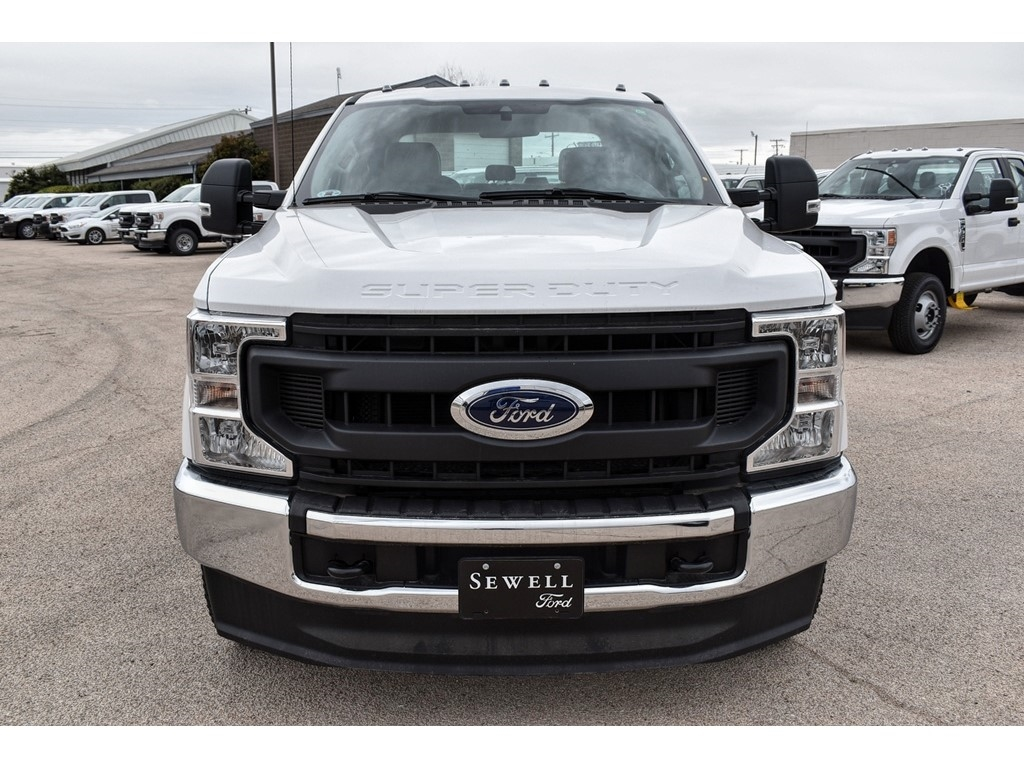 2020 Ford F-350 Crew Cab DRW 4x4, Cab Chassis #L19546 - photo 3