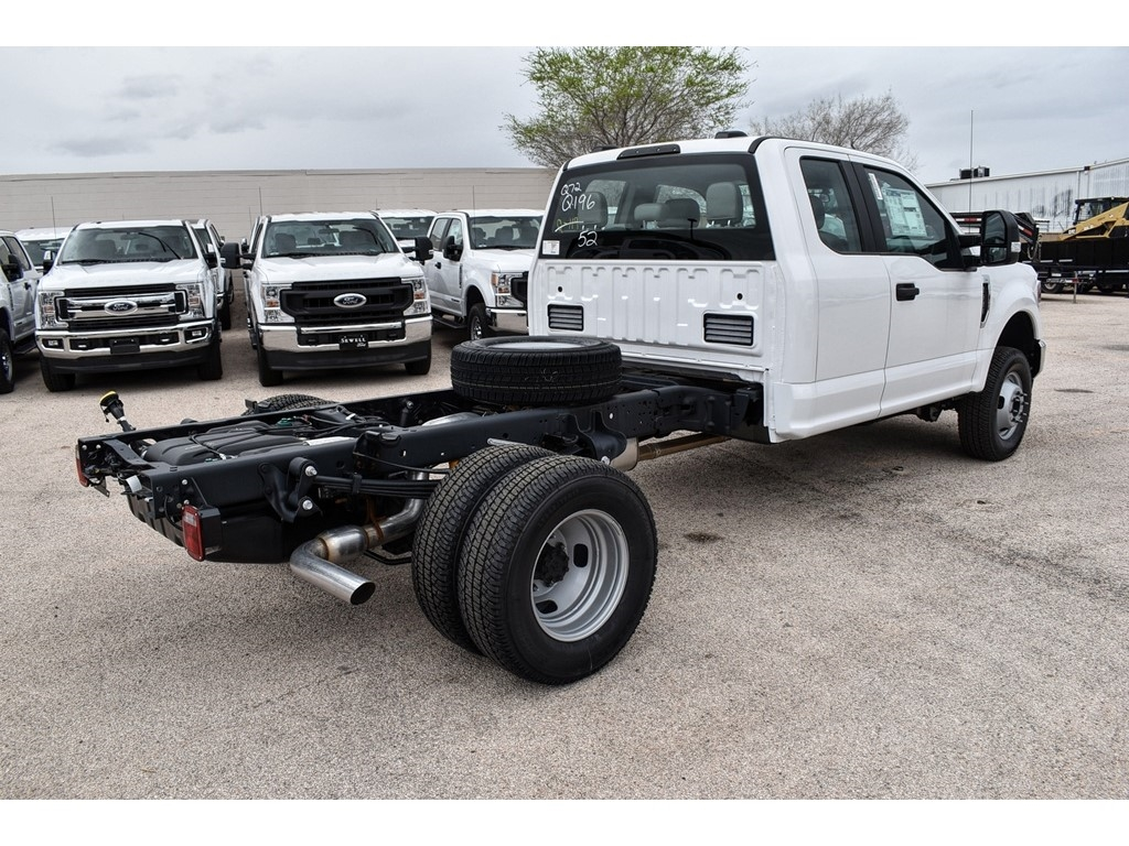 2020 F-350 Super Cab DRW 4x4, Cab Chassis #L19568 - photo 1