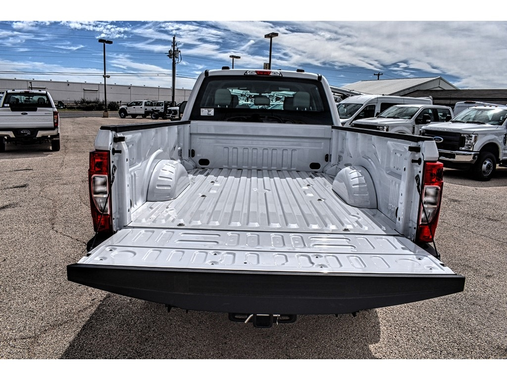 2020 Ford F-350 Crew Cab 4x4, Pickup #L28688 - photo 10
