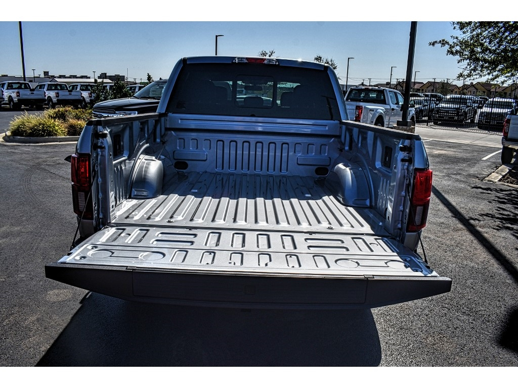2020 Ford F-150 SuperCrew Cab 4x4, Pickup #L60556 - photo 10