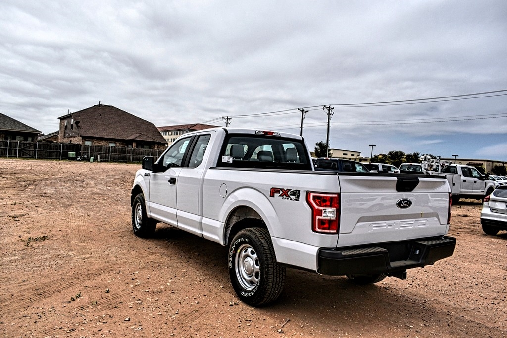 2020 Ford F-150 Super Cab 4x4, Pickup #L89016 - photo 6