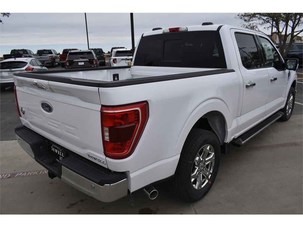 2021 Ford F-150 SuperCrew Cab 4x2, Pickup #M132810 - photo 2