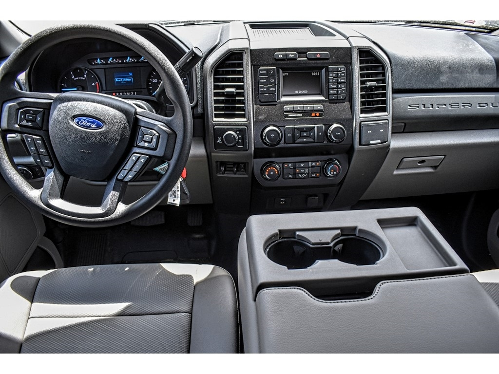 2019 Ford F-250 Crew Cab 4x4, Cab Chassis #M921401 - photo 12