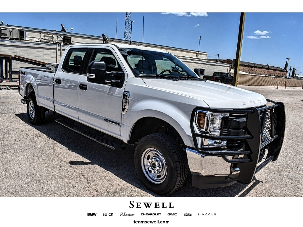 2019 Ford F-250 Crew Cab 4x4, Cab Chassis #M966394 - photo 1