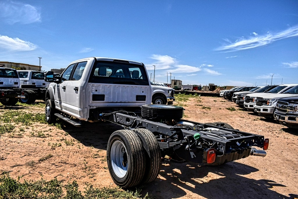 2019 Ford F-550 Crew Cab DRW 4x4, Cab Chassis #M978163 - photo 6