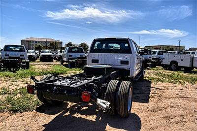 2019 Ford F-550 Crew Cab DRW 4x4, Cab Chassis #M978163 - photo 2