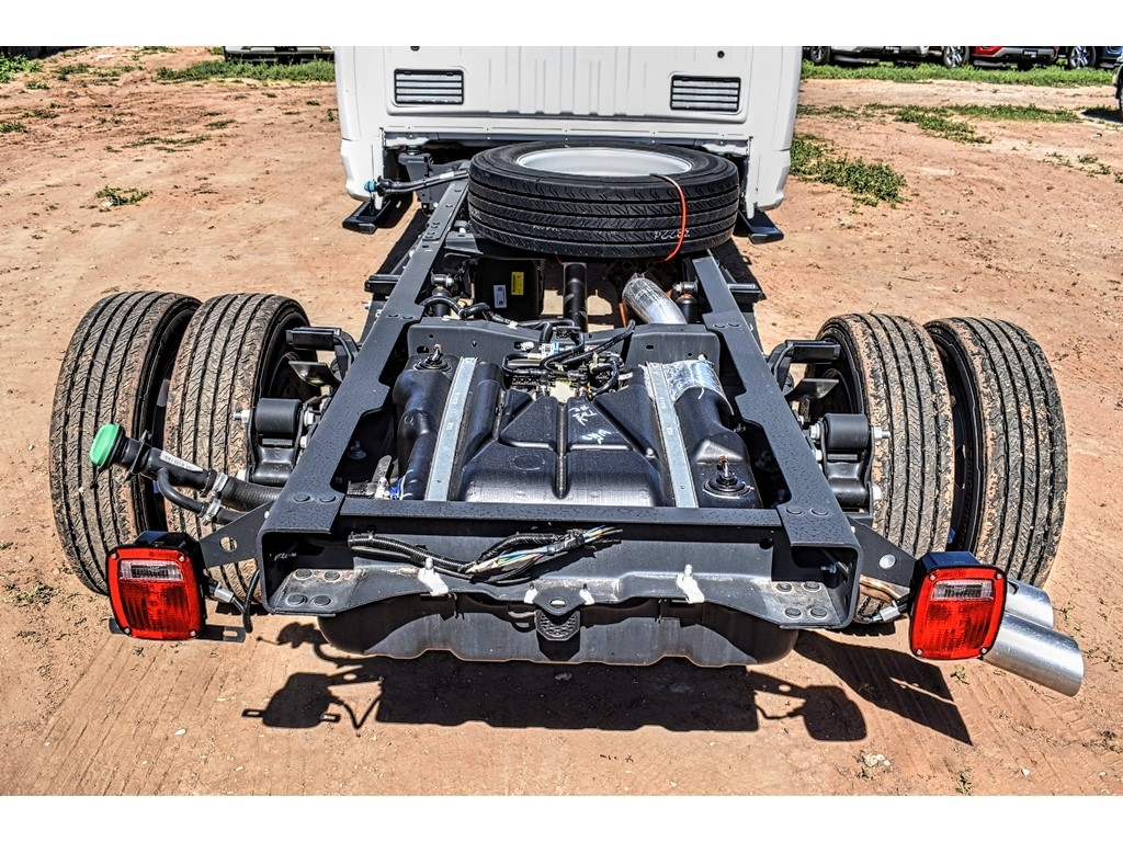 2019 Ford F-550 Crew Cab DRW 4x4, Cab Chassis #M978164 - photo 10