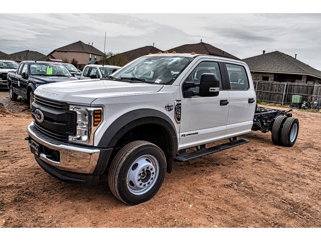 2019 Ford F-550 Crew Cab DRW 4x4, Cab Chassis #M978169 - photo 4