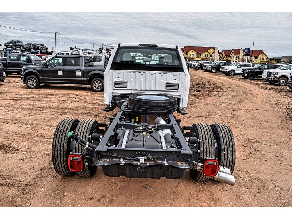 2019 Ford F-550 Crew Cab DRW 4x4, Cab Chassis #M978169 - photo 8