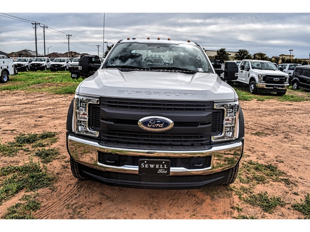2019 Ford F-550 Crew Cab DRW 4x4, Cab Chassis #M988171 - photo 3