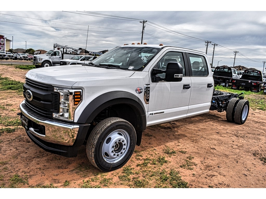2019 Ford F-550 Crew Cab DRW 4x4, Cab Chassis #M988171 - photo 4