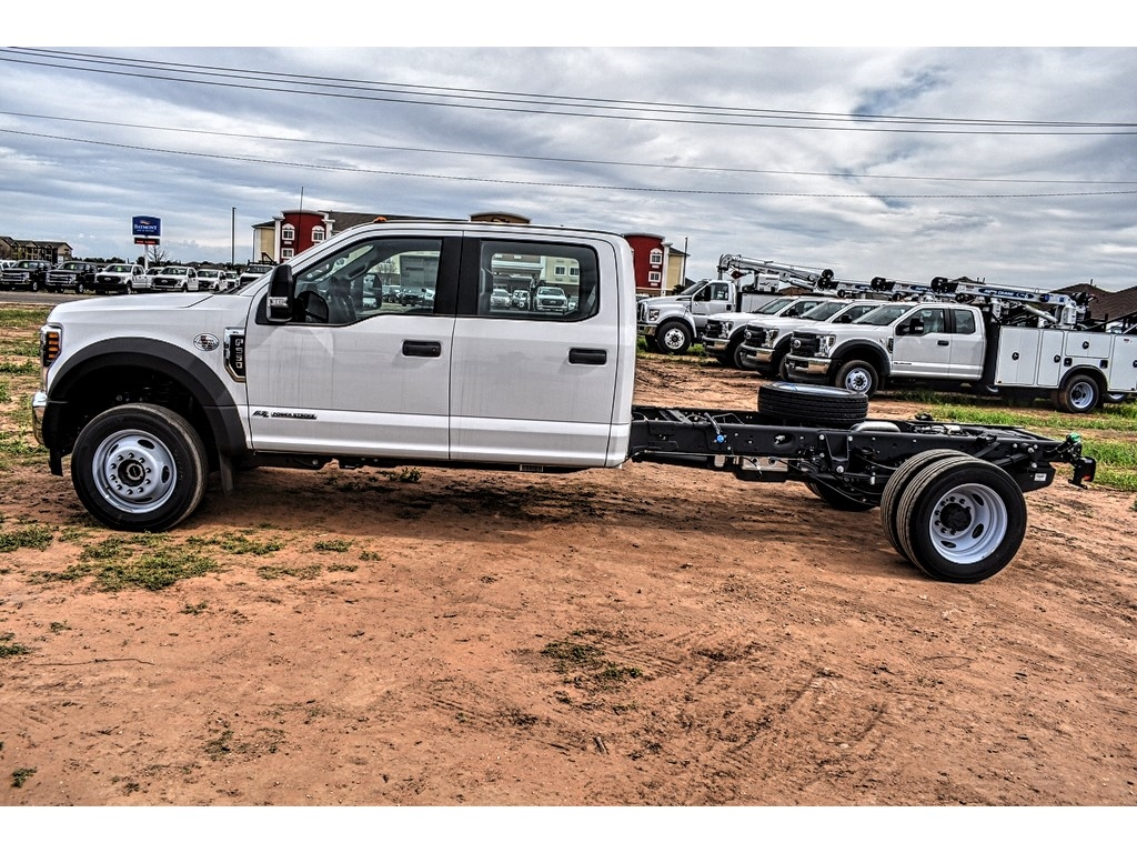 2019 Ford F-550 Crew Cab DRW 4x4, Cab Chassis #M988171 - photo 6
