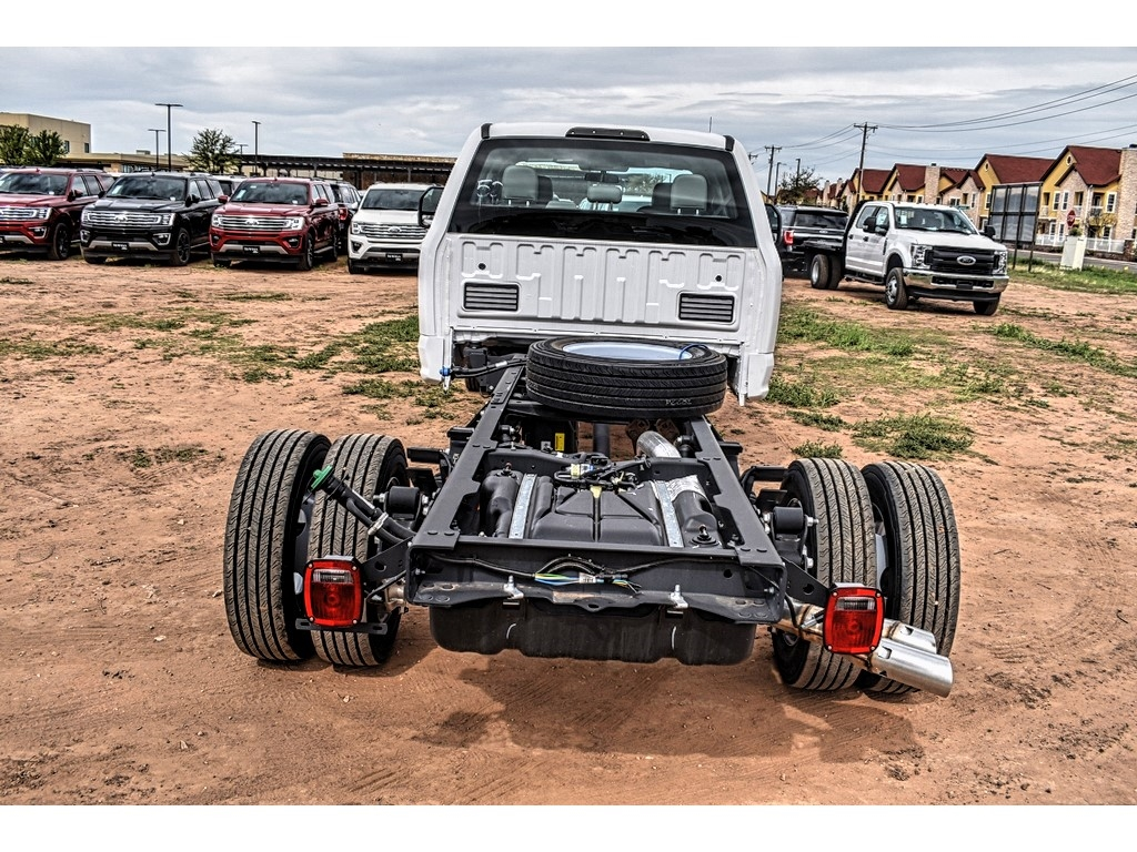 2019 Ford F-550 Crew Cab DRW 4x4, Cab Chassis #M988171 - photo 8