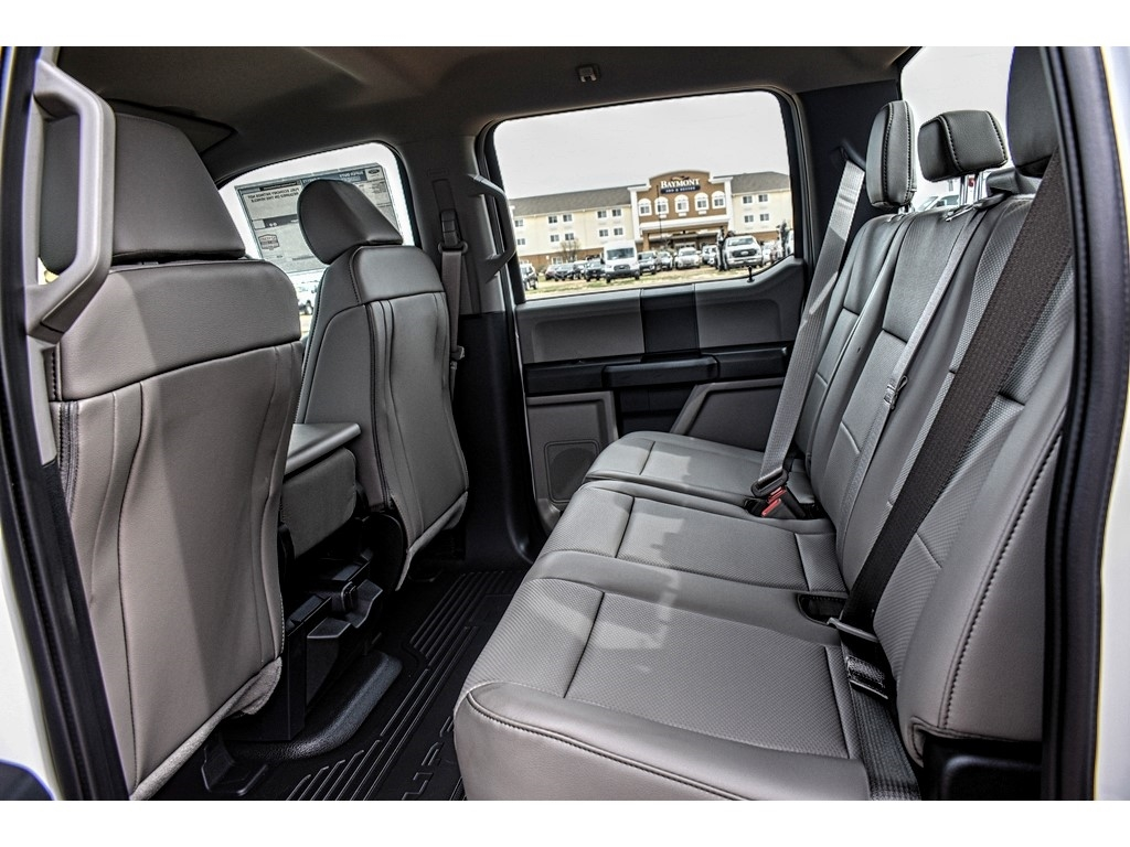 2019 Ford F-550 Crew Cab DRW 4x4, Cab Chassis #M988171 - photo 13