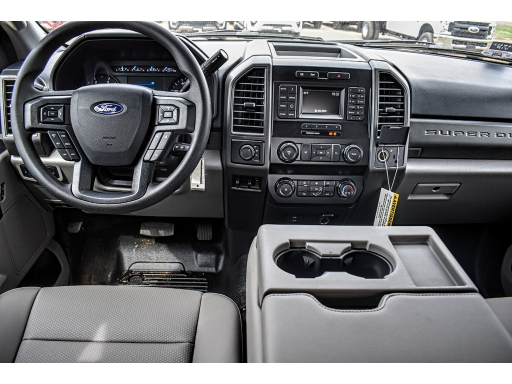 2019 Ford F-550 Crew Cab DRW 4x4, Cab Chassis #M988171 - photo 14