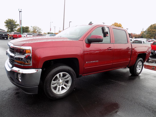 2018 Silverado 1500 Crew Cab 4x4 Pickup #233141 - photo 3