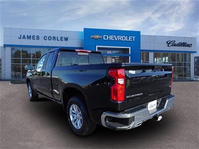2020 Chevrolet Silverado 1500 Double Cab 4x4, Pickup #235521 - photo 2
