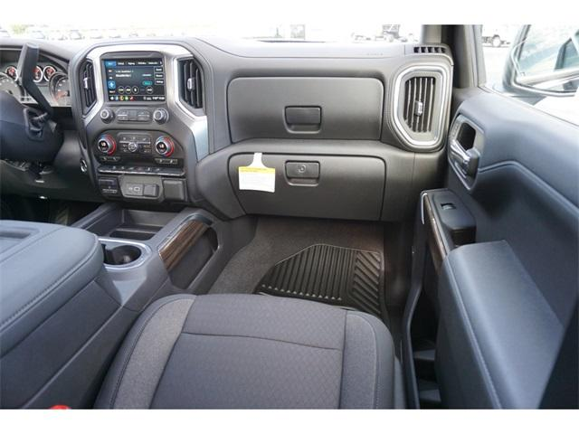 2020 Chevrolet Silverado 1500 Crew Cab 4x4, Pickup #235551 - photo 10
