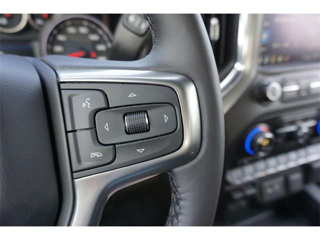 2020 Chevrolet Silverado 1500 Crew Cab 4x4, Pickup #235582 - photo 15