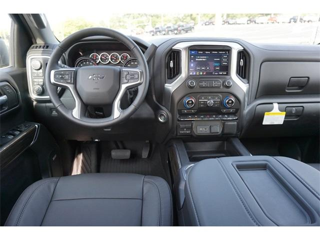 2020 Chevrolet Silverado 1500 Crew Cab 4x4, Pickup #235589 - photo 5