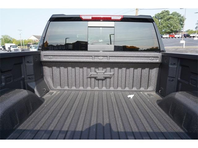 2020 Chevrolet Silverado 1500 Crew Cab 4x4, Pickup #235589 - photo 6