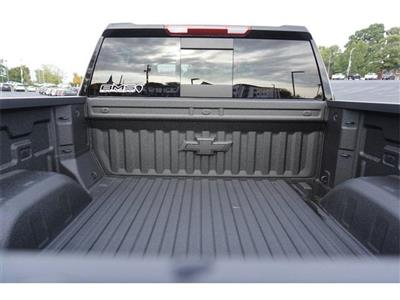 2020 Chevrolet Silverado 1500 Crew Cab 4x4, Pickup #235614 - photo 6