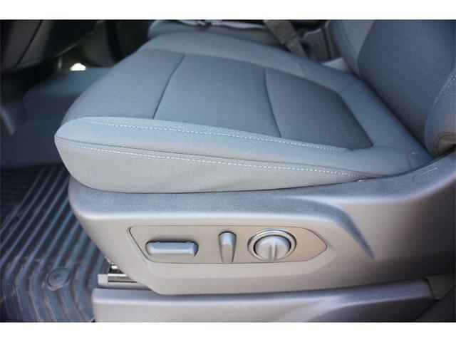 2021 Chevrolet Silverado 1500 Double Cab 4x4, Pickup #236462 - photo 4