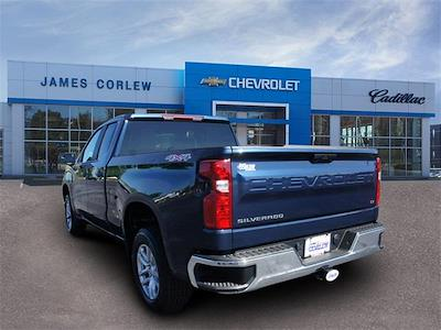 2021 Chevrolet Silverado 1500 Double Cab 4x4, Pickup #236462 - photo 2