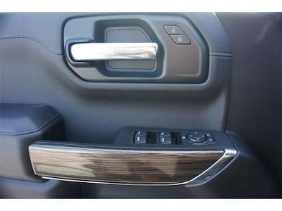 2021 Chevrolet Silverado 1500 Double Cab 4x4, Pickup #236462 - photo 5