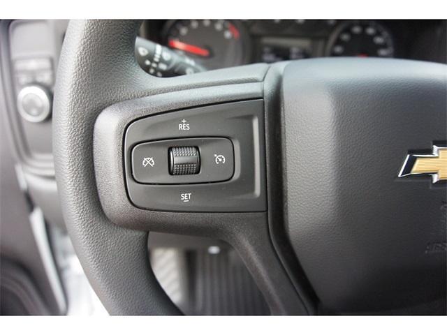 2021 Chevrolet Silverado 1500 Crew Cab 4x2, Pickup #236478 - photo 11