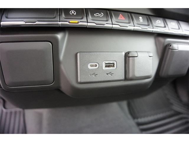 2021 Chevrolet Silverado 1500 Crew Cab 4x2, Pickup #236478 - photo 17