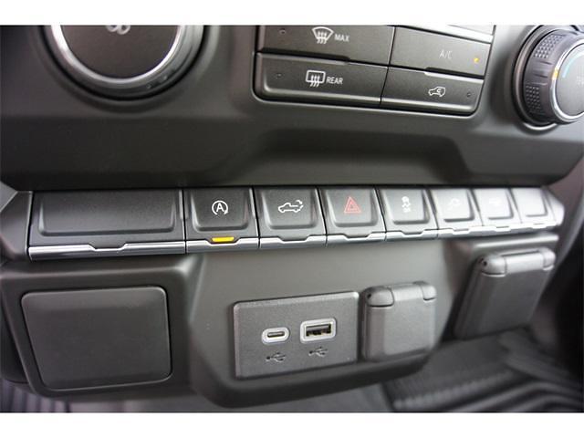 2021 Chevrolet Silverado 1500 Crew Cab 4x2, Pickup #236478 - photo 18