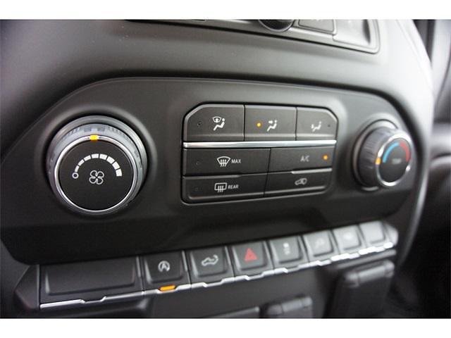 2021 Chevrolet Silverado 1500 Crew Cab 4x2, Pickup #236478 - photo 19