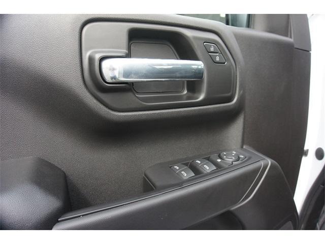 2021 Chevrolet Silverado 1500 Crew Cab 4x2, Pickup #236478 - photo 5