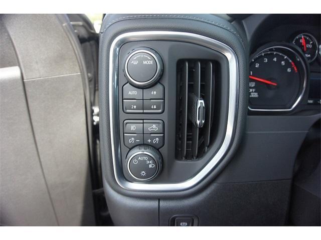 2021 Chevrolet Silverado 1500 Crew Cab 4x4, Pickup #236481 - photo 10