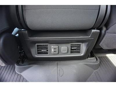 2021 Chevrolet Silverado 1500 Crew Cab 4x4, Pickup #236481 - photo 8
