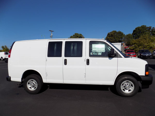2017 Express 2500 Cargo Van #8755 - photo 28